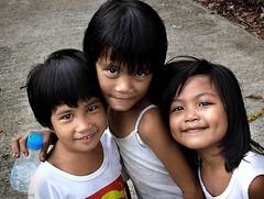 tres (jobarracuda) Tags: children lumix philippines smiles pinoy littlegirls fz50 panasoniclumix dmcfz50 jobarracuda
