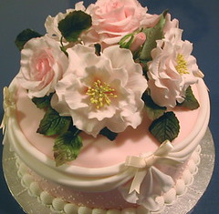 """Old Blush"" roses wedding cake 1"