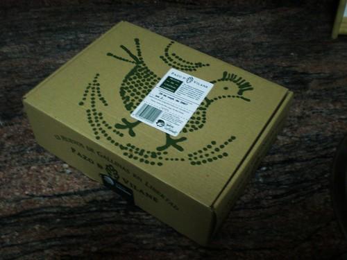 caja de 12 huevos de gallinas en libertad