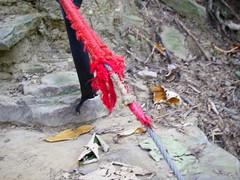 內包鋼絲的登山繩