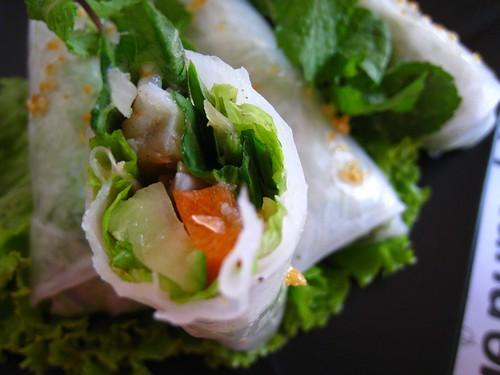 Cross-section of Rice Paper Rolls @ Blue Pumpkin.JPG