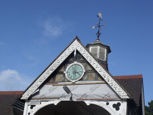 Bletchley Park - Stable Yard - Gatehouse And Attached South Range - clock and weather vane