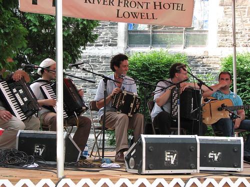 2007 lowell folk festival  accordion workshop