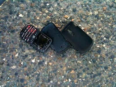 Sunny, Summer Ride: Broken Phone