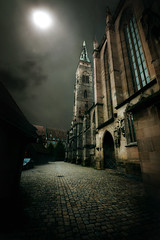 Nuremberg at Night (Carles9) Tags: night photoshop canon dark eos mark nuremberg gothic creation ii 5d 1635mm ef1635mmf28liiusm 1635ii obramaestra