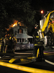 Vacant House fire goes to 3 alarms in Mantua...