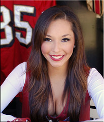 SF 49ers cheerleader (WuChing.) Tags: girls girl cheerleaders cheerleader trainingcamp