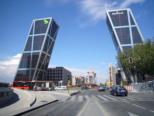 Puerta de Europa, Madrid