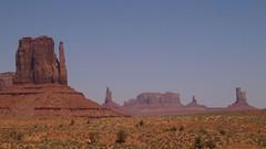 Monument Valley (monchoparis) Tags: landscape paisaje western navajo monumentvalley paisage