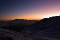 Anoitece (@tokikawa) Tags: chile winter sunset pordosol sun mountain snow ski rock canon eos rebel track horizon skiresort neve snowboard 1855mm 1855 inverno pista montanha horizonte xsi esqui wintersports vallenevado snowsports pordesol toki efs1855mmf3556 eos450d 450d rebelxsi estacaodeesqui tokikawa andretokikawa