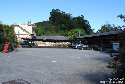 順益休閒農莊的大停車場