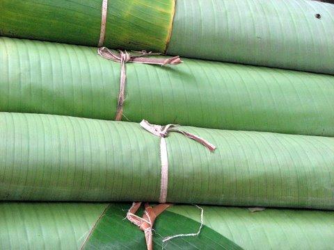 Ethnic crockery..basavanagudi 060907