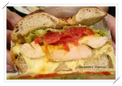 NY Bagel嫩烤雞胸肉三明治