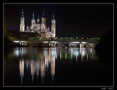 BASILICA DEL PILAR (jmsoler) Tags: espaa noche spain europa europe zaragoza nocturna 2009 reflejos baslica aragn elpilar nikond90 a3b jmsoler tff1 retofez110125
