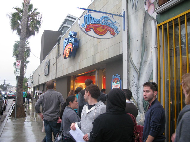 Long lines for N'Ice Cream at Taste of Abbot Kinney by Caroline on Crack