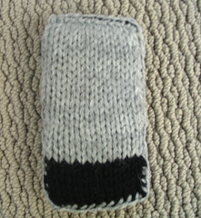 dt_knit_iphone_back