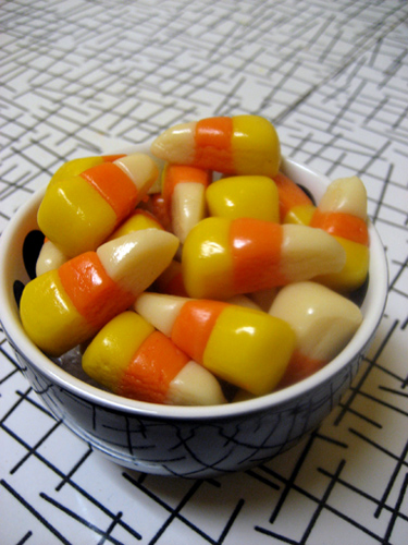 The Urban Housewife: Homemade Vegan Candy Corn = a Happy Halloween!