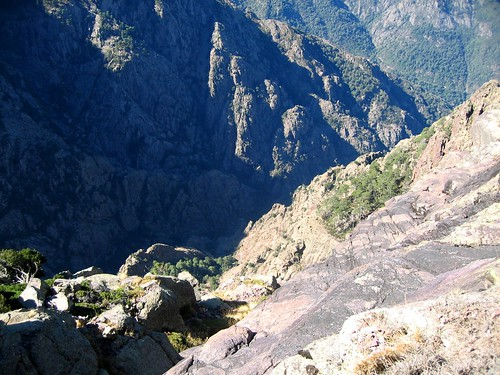 Depuis la vire de l'Andatone (Scaffone) : le ravin du Fangu et Tana di l'Orsu