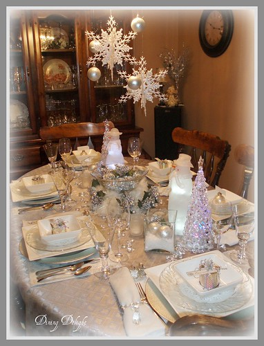 Winter Christmas Tablescape