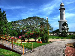 The Altingsburg lighthouse in living color, Kuala Selangor (stratman (2 many pix!)) Tags: lighthouses day malaysia hdr kualaselangor colorfulworld canonhdr cmwdblue scenicsnotjustlandscapes altingsburg canong11 powershotg11 pwpartlycloudy