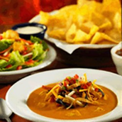 lens2691212_1234832883Chilis_Chicken_Enchilada_Soup_2
