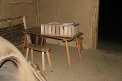 Holzkiste für die Haithabu-Hühner aus dem Hühnerstall Wikinger Museum Haithabu WHH 31-10-2010