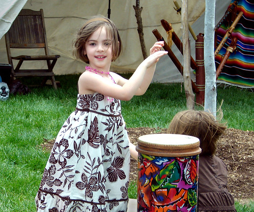 Earth Day 2007 190 Kid's Drumming crop