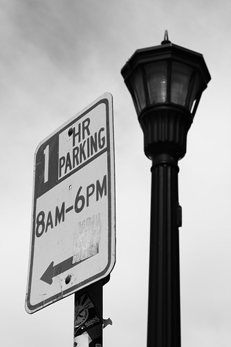 1 HR Parking 3561