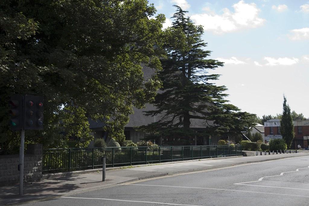 CHURCH NEAR THE BOTANIC GARDENS