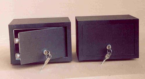 Сейф мебельный С 11110-9  (170x260x210 мм)