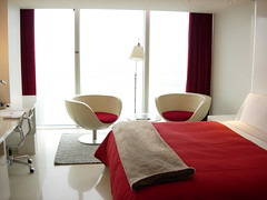 Clean (Kalle Anka) Tags: travel asian hotel design asia asien room w capital korea east clean seoul asie southkorea rok daehanminguk   eastasia  corea   republicofkorea  walkerhill hanguk        koreanpeninsula earthasia