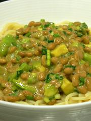 アボカドと納豆のスパゲティ2