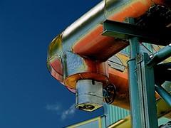 Vent Crisp (formfaktor) Tags: outside industrial frankfurt pipes steam vapor offenbach formfaktor