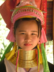 Thailand .Young Girl Karen Paduang Tribe. 264 (pjwar) Tags: 2005 travel portrait people girl face thailand burma karen longneck bodymod giraffe brass burmese breathtaking bodymodification changmai hilltribes girafes padaung birmanie peopleoftheworld pjwar changmaiprovince giraffewomen karenlongneckhilltribe femmesgirafes