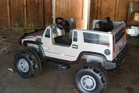 Ride-on toy Hummer H2