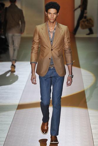 SS11_Milan_Gucci0018_Rene Rodriguez(VOGUEcom)