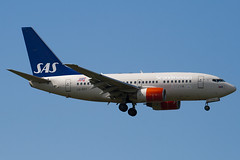 LN-RRY - 28297 - Scandinavian Airlines - SAS - Boeing 737-683 - 100617 - Heathrow - Steven Gray - IMG_5373