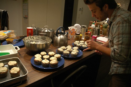 Frosting and decorating cupcakes