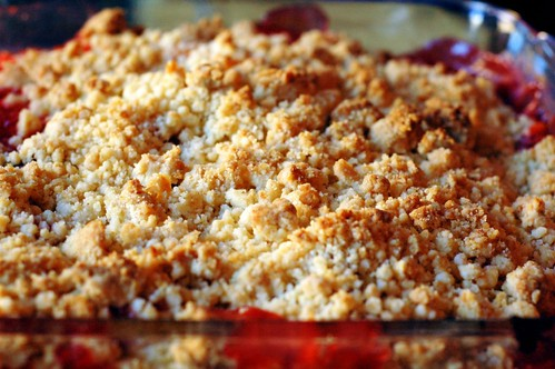 presenting the strawberry-apricot crumble