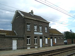 Essene-Lombeek railway station