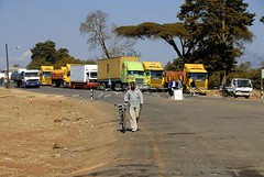 TRUCKING IN MALAWI (Claude  BARUTEL) Tags: africa truck border transport malawi mack mozambique scania customs