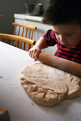 Baking cinnamon buns 2