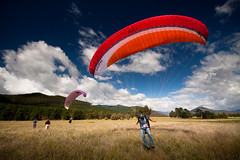 Touching down (Kieran Campbell) Tags: flying bright australia victoria vic paragliding airfield porepunkah