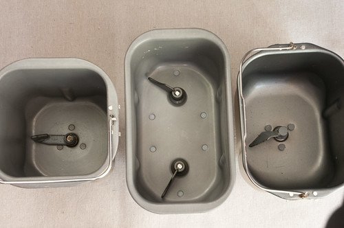 3 pans different shape