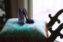Something Blue . . (BintShama`) Tags: shoes heels manoloblahnik royalblue somethingbluesatinpump