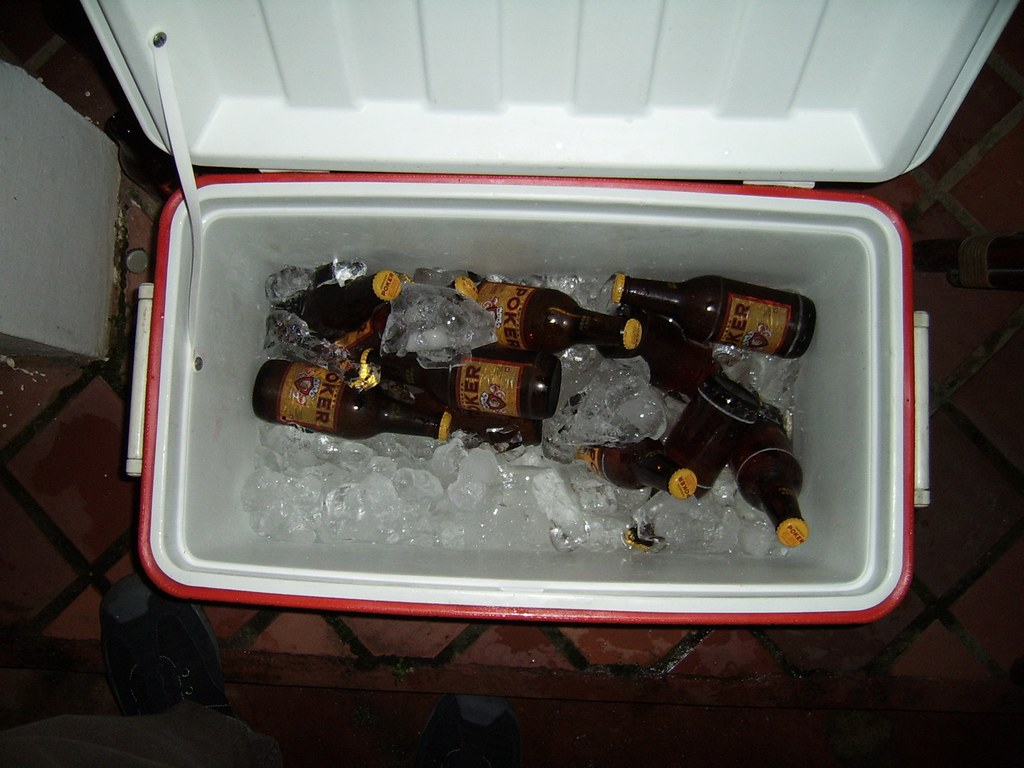 The Worlds Best Photos Of Cerveza And Hielera Flickr Hive Mind