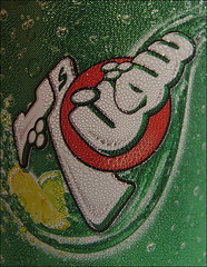 7-up ( GUM ) Tags: red white macro green water yellow canon powershot s80 7up canonpowershots80 gum