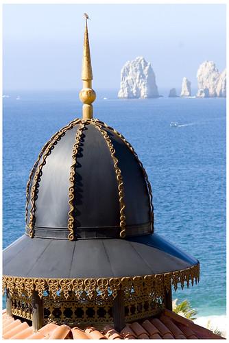 Riu Palace Cabo dome bird and lovers beach