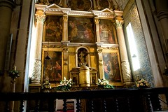 Altar decorado com Pinturas de Josefa de bidos, em bidos / Shrine with paintings of Josefa de bidos, at bidos (NunoCoimbra) Tags: vacation history portugal paintings medieval highfive bidos ferias histria amateurs pinturas bidos mediavel ginginha thisisportugal abeauty amateurshighfive invitedphotosonly