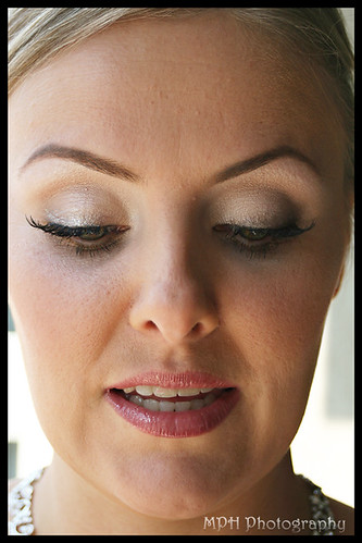Bridal eyeshadow eyelash makeup pictures